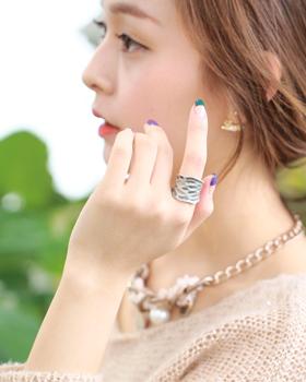 Milan Ring (rg007)