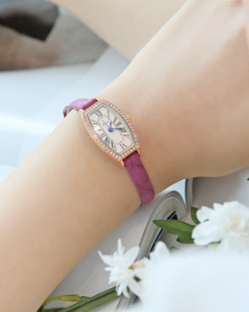 Marie-Ange Clock (br070)