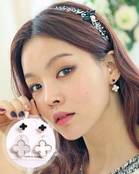 Hinckley-to-earring (er142)