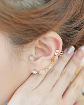 Milk earring (er166)