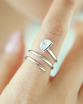 Triangle three lines Ring (rg316)