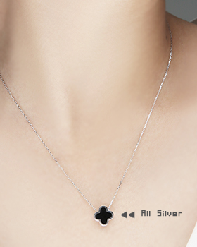 Clover Necklace (nk224)