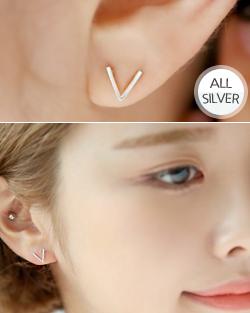 V line earring (er1417)