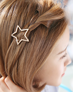 Stars-and-pearl hairpins (hp316)