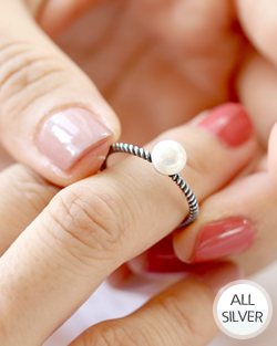 Comb decorated with pearls Ring (rg433)