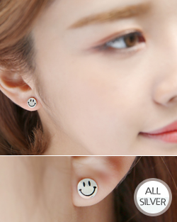 Black Smile earring (er1586)