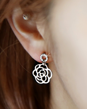 With a rose earring (er1145)