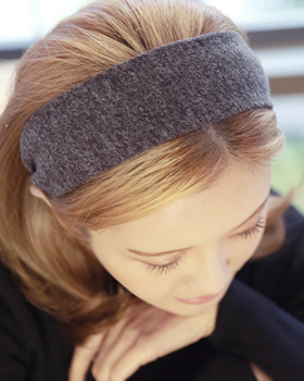 Only one hairband (hb004)