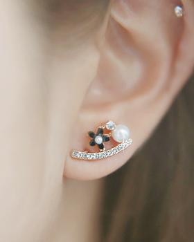 Flower black earring (er975)