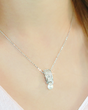 Five Pearl Necklace (nk430)